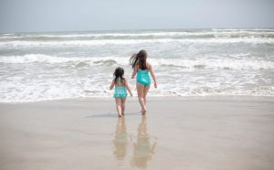 kids at the beach mini trip to corpus christi texas ocean gulf of mexico vacation road trip traveling for work houston blogger lifestyle blogger mommy blogger 2018